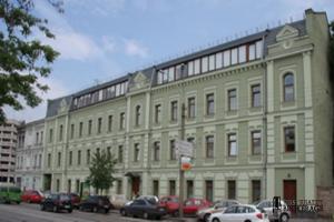 вул. Жилянська, 146